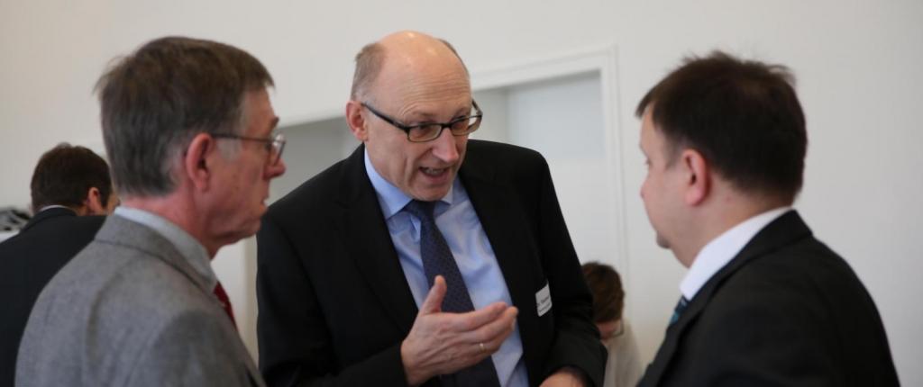Dr. Gerhard Führer im Gespräch